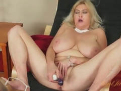 Massive tits mature gets creamy masturbating solo