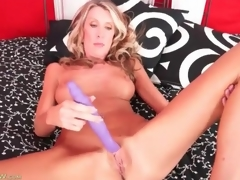 Masturbating blonde mom with large fake scones
