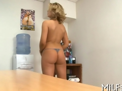 blonde cuttie pie has an place fuck with a toy