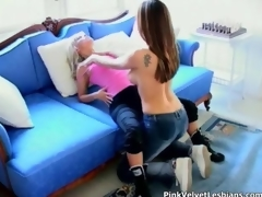 Amazing lesbians sucks fucks and at a loss for words flick 2